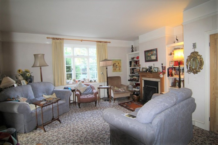 Images for South Drive, Wokingham EAID: BID:wokingham